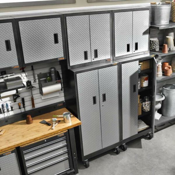 Installazione con Armadio mobile in acciaio Garage Mania GATB302DRG